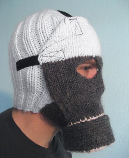 knitted-gasmask1