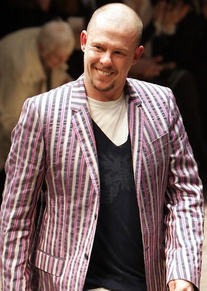 Motedesigneren Alexander (Lee) McQueen er nå død.